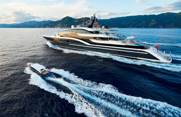 90m dar awarded yacht of the year